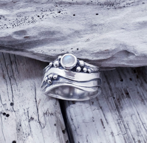 Broad Wave Ring with Fine Blue Moonstone