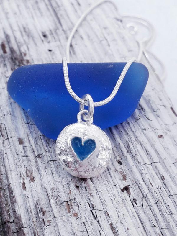 Mini Pebble Heart Pendant in Blue