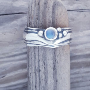 Narrow Wave Ring with Fine Blue Moonstone