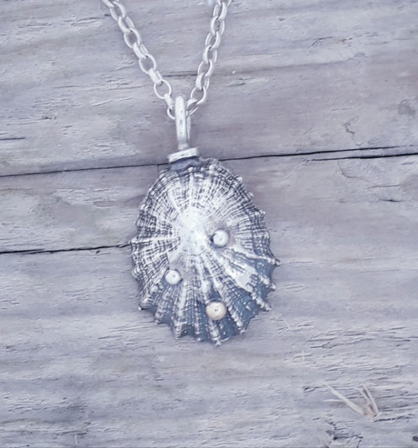 Sterling Silver Limpet Pendant with Tiny Nine Carat Detail